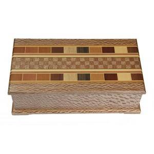 Table Box - Rewarewa